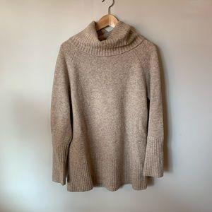 🌸2/$30🌸 Banana Republic Wool Turtleneck Sweater